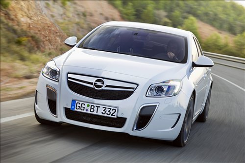 WWE Oto Galeri 2010-Opel-Insignia-OPC-car-wallpaper