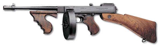 أسلحة الحرب العالمية الثانية Tommy-gun