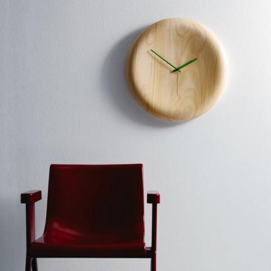 ساعات حائطية كأنها أسطورية Cool-clock-wood-pill-554x554
