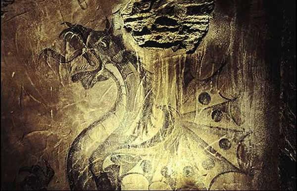 *Le dragon est-on bien sûr qu'il s'agit d'un mythe? - Page 3 Dragon_011