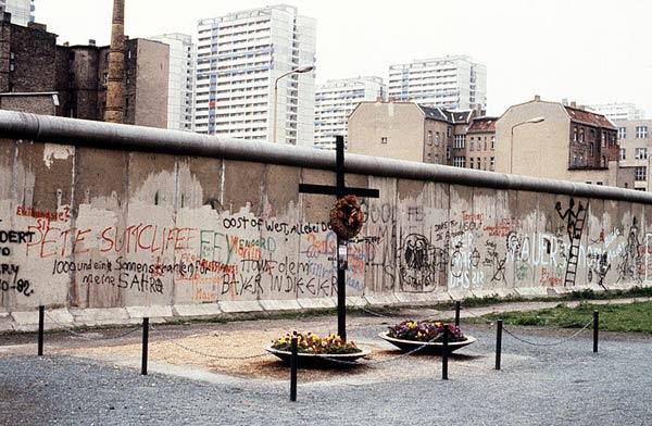 Le mur de Berlin Mur-berlin-11