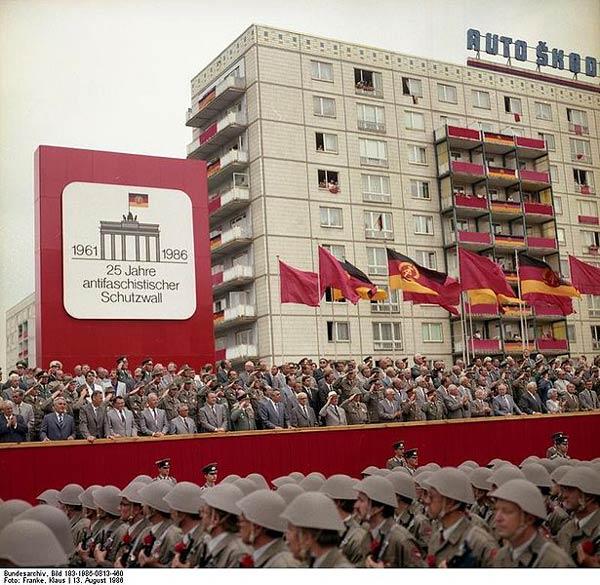 Le mur de Berlin Mur-berlin-6