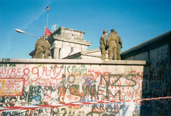 Le mur de Berlin Mur-berlin-8