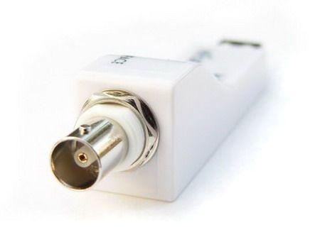 Convertidor de USB a SPDIF : Hiface de M2Tech / PEDIDO 4 UNIDADES Hiface_bnc