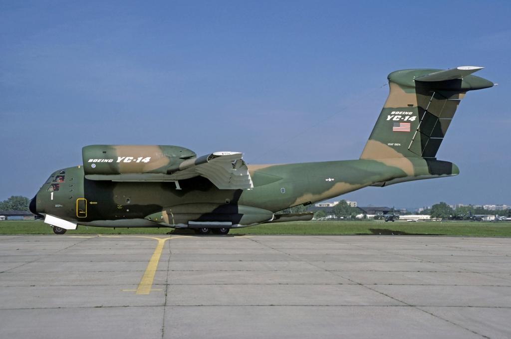 Neobicni, najljepši i najružniji avioni Boeing-YC-14-2