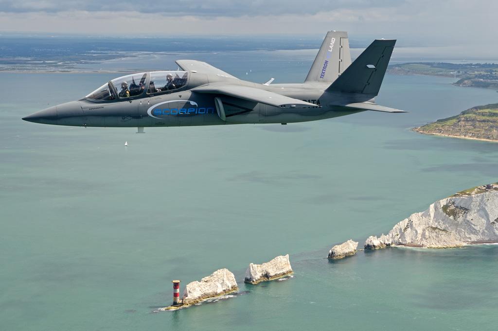 """""""Scorpion"""" (avión de combate y reconocimiento USA) - Página 2 Textron-AirLand-Scorpion-Jet-2"""