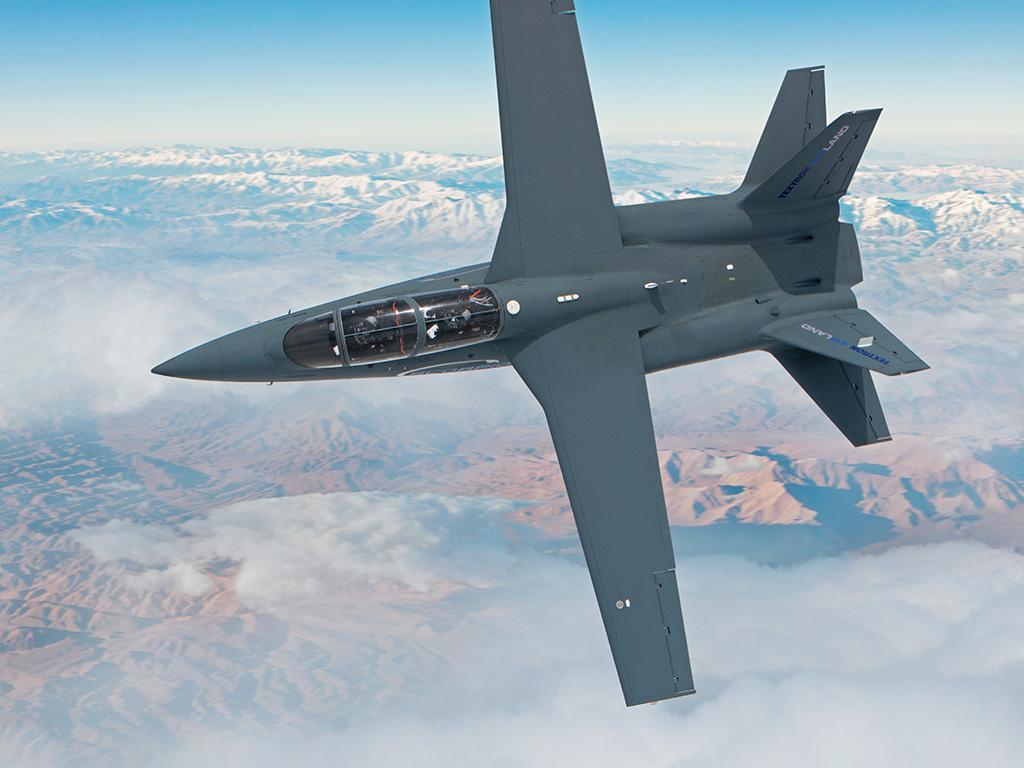 """""""Scorpion"""" (avión de combate y reconocimiento USA) - Página 2 Textron-AirLand-Scorpion-Jet-4"""