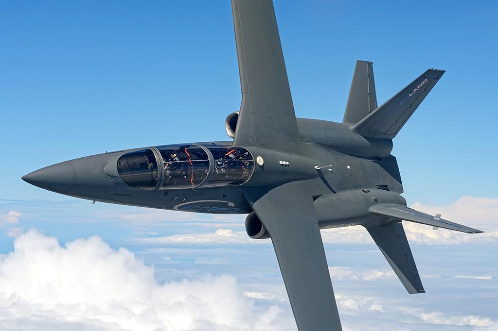 """""""Scorpion"""" (avión de combate y reconocimiento USA) - Página 2 Textron-AirLand-Scorpion-Jet-5"""
