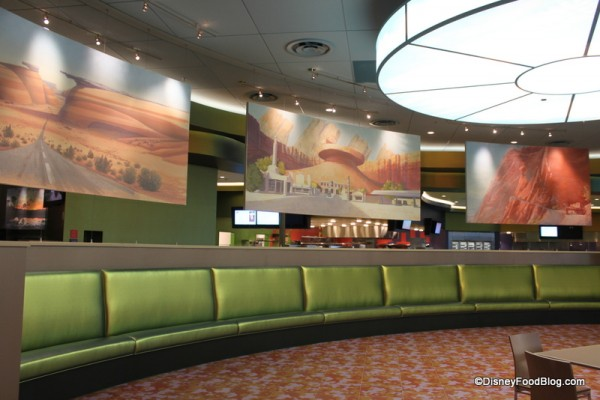 [Walt Disney World Resort] Disney's Art of Animation Resort (2012) - Page 5 Seating-in-the-Cars-Land-Dining-Room-600x400