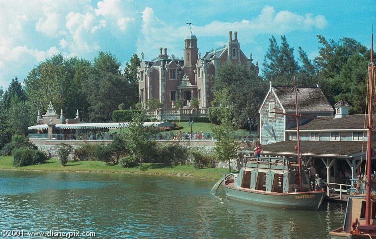visite du Disney world magic Kingdom HauntedMansion01