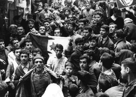 La Guerre d'Algérie en images Casbah_apres_evian_19_03_62
