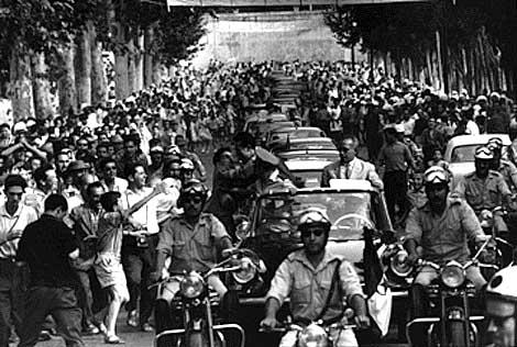 La Guerre d'Algérie en images Independance2