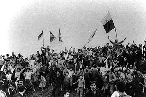La Guerre d'Algérie en images Independance7