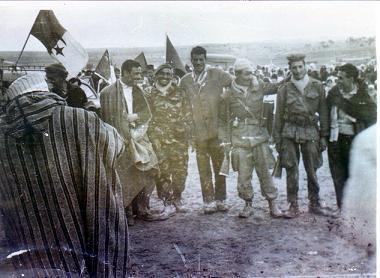 La Guerre d'Algérie en images Revol1