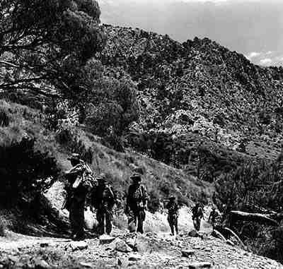 La Guerre d'Algérie en images 1rep-mission-aures