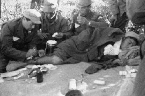 La Guerre d'Algérie en images Camp-entrainement-ALN