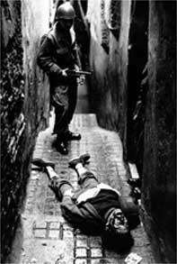 La Guerre d'Algérie en images Jeunetue