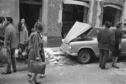 La Guerre d'Algérie en images Alger-attentat-mars-1962
