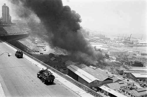 La Guerre d'Algérie en images Explosion-a-Oran-en-1962