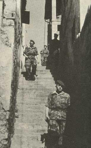 La Guerre d'Algérie en images Archive-guerre-algerie-bataille-alger1