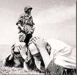 La Guerre d'Algérie en images Prisonnier2
