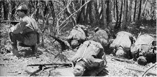 La Guerre d'Algérie en images Priere2