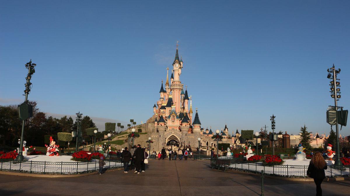 Réouverture de Disneyland Paris  - Page 4 IMG_4048