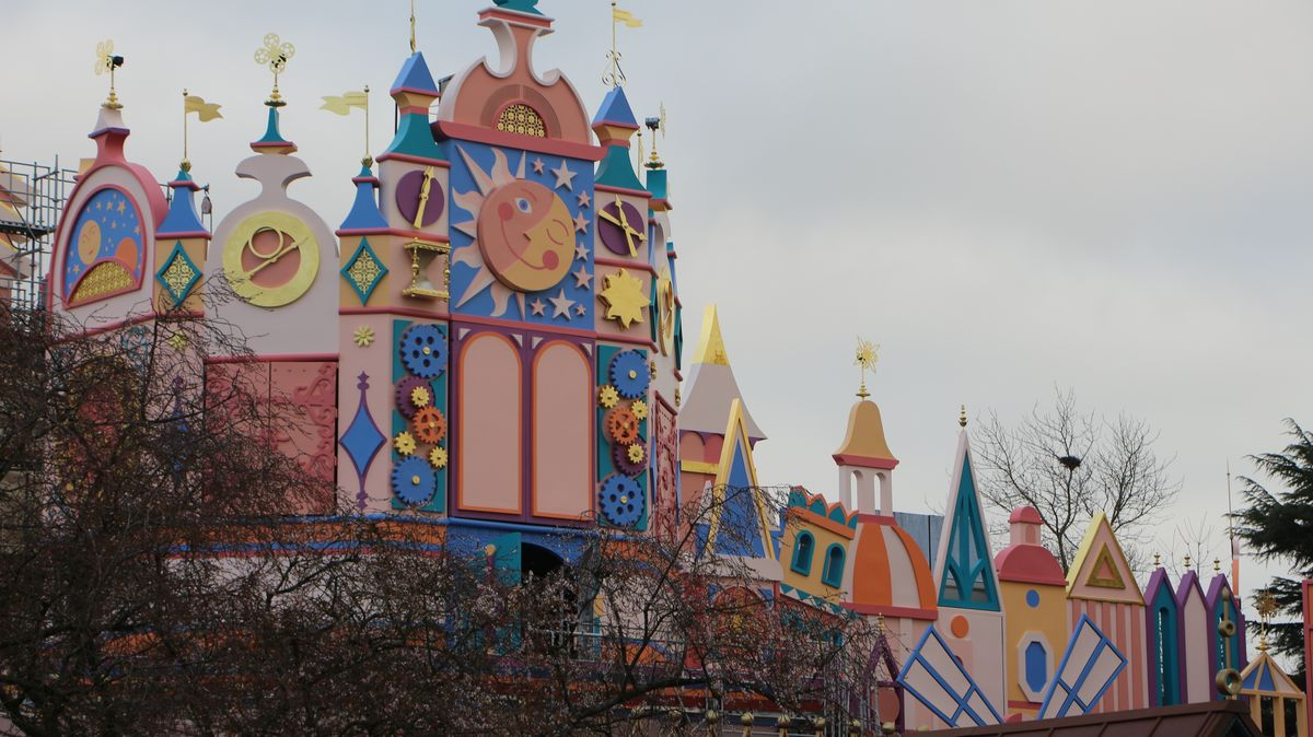 """""""it's a small world"""" - Réhabilitation [Fantasyland - 2015] - Page 19 IMG_4069"""