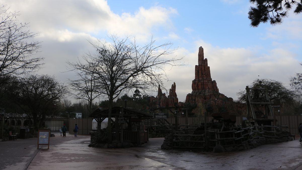 Réouverture de Disneyland Paris  - Page 4 IMG_4081