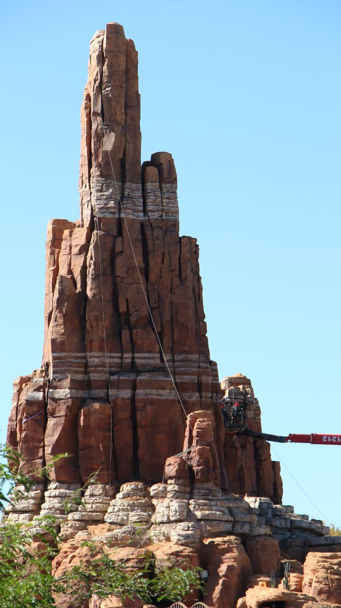 Big Thunder Mountain - Réhabilitation [Frontierland - 2015-2016] - Page 3 IMG_0247