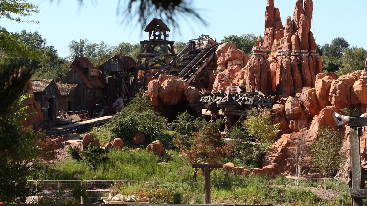 Big Thunder Mountain - Réhabilitation [Frontierland - 2015-2016] - Page 3 IMG_0248
