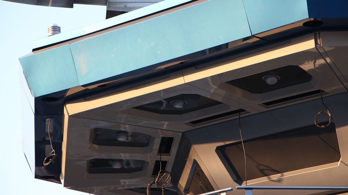 Star Tours : L'Aventure Continue (2017) - Page 3 IMG_7884