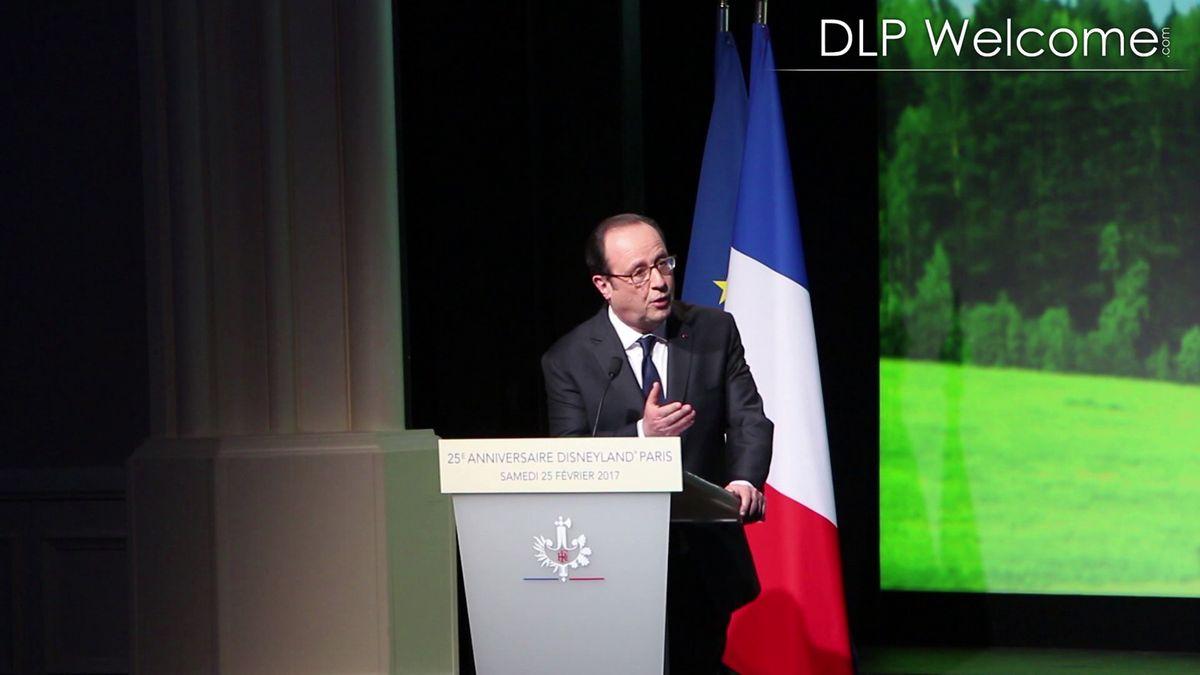 Le Président de la République François Hollande à Disneyland Paris (samedi 25 février 2017) - Page 4 Vlcsnap-2017-02-25-22h11m29s78