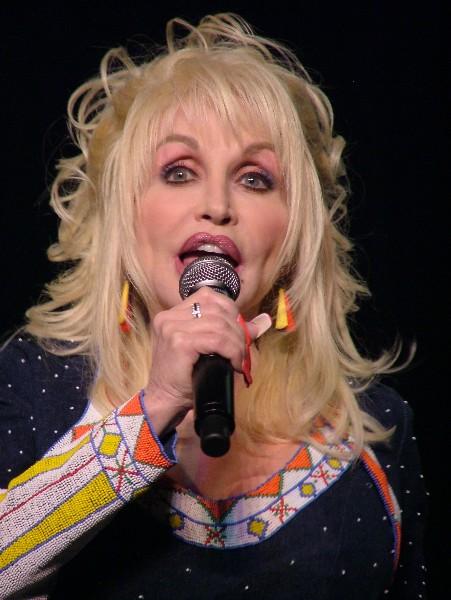 Dolly Parton DC09-9293