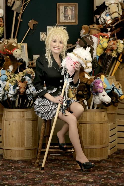 Dolly Parton Dolly_Lucky1