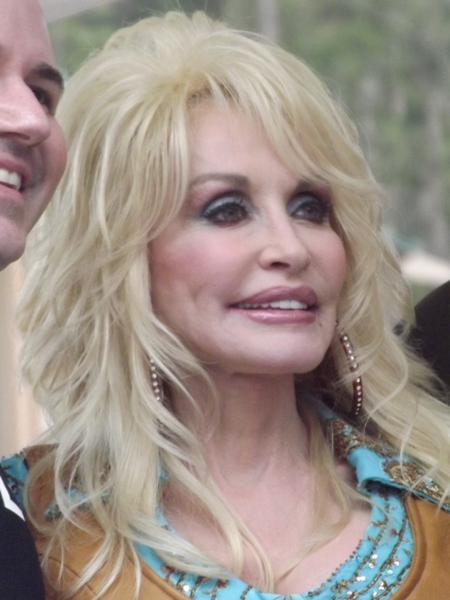 Dolly Parton - Page 4 Wood12-0232