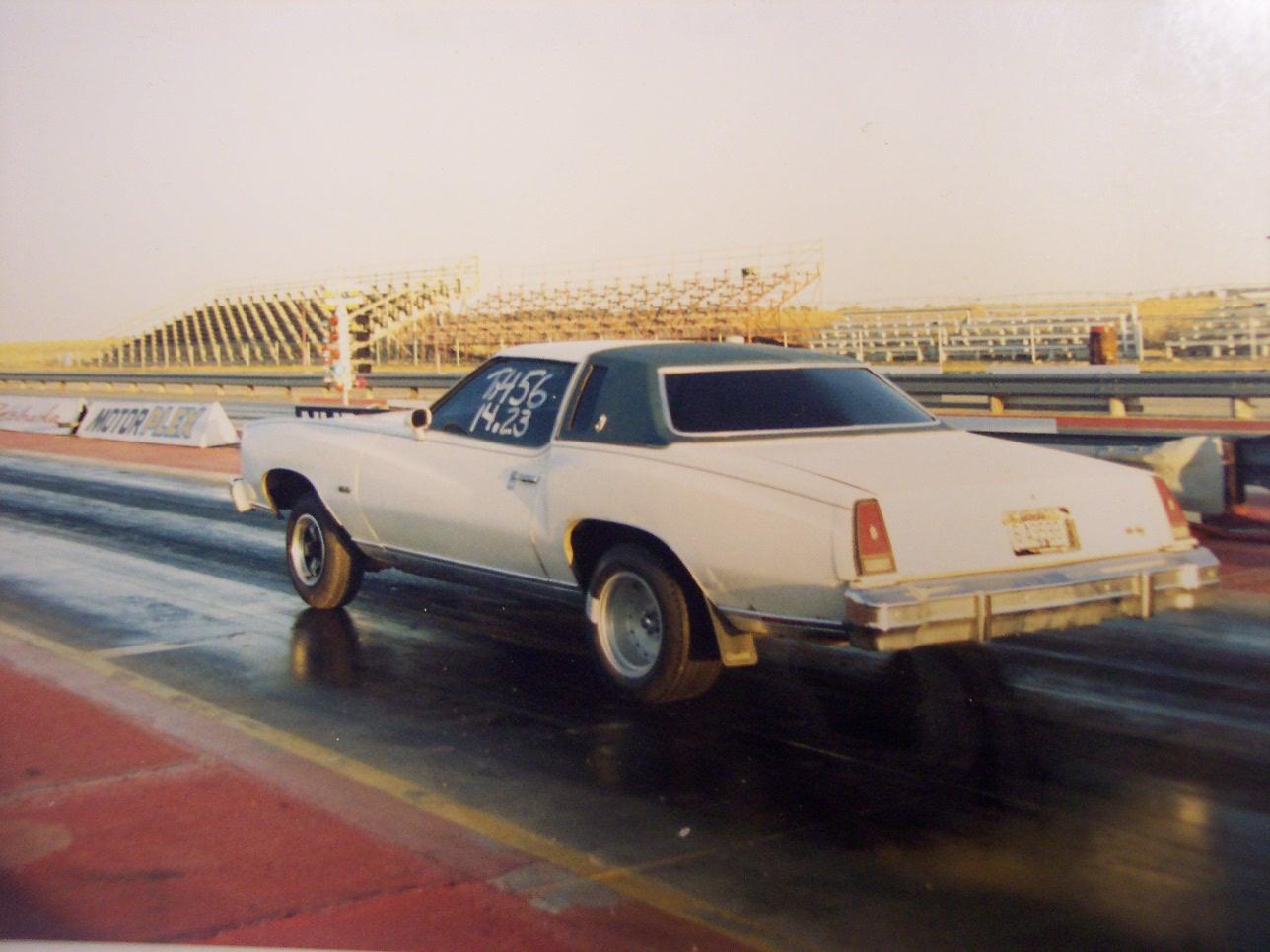 savage 111 en 300 win mag - Page 3 7916-1976-Chevrolet-Monte%20Carlo