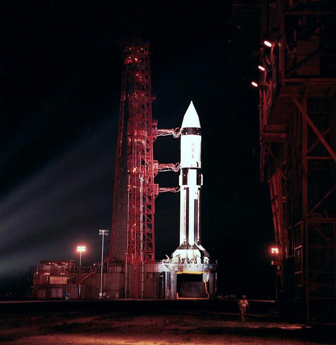 Saturn IB AS-203 - 05.07.1966 Apmisc-sa203-onpad-noID_DXM