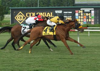 En route vers la Breeders' Cup LONDON_LANE_The_9th_Running_of_the_Colonial_Turf_Cup_-_Gr_II_06-22-13_CNL_Finish