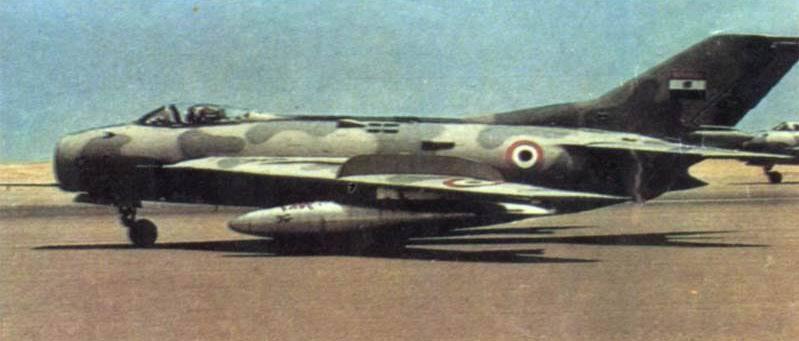 موسوعة اجيال الطائرات المقاتلة واشهر طائرات كل جيل - صفحة 5 Mig19prototype