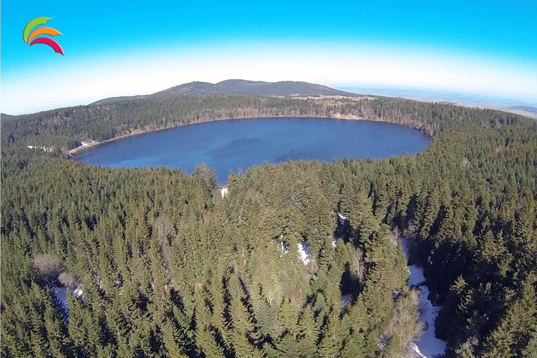 Sortie hivernale 2016 / 19-20-21 février - Lac de Charpal (Lozère) Drone-Evasion-Lac-du-Bouchet