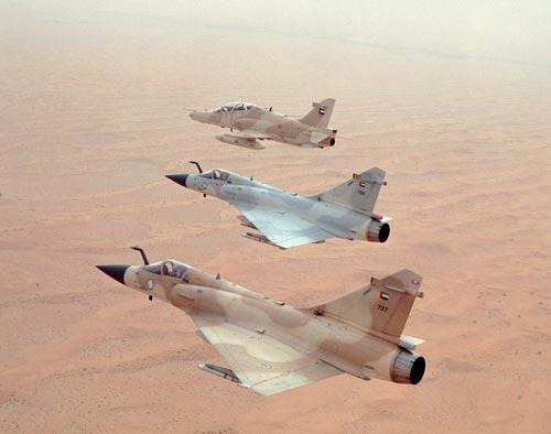 الجيش الموحد الخليجي فوائده وسلبياته  M2000_737_1