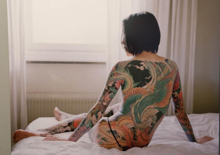 [Société] Irezumi, le Tatouage Japonais Japanese-Dragon-full-Back-Yakuza-tattoo-for-girl