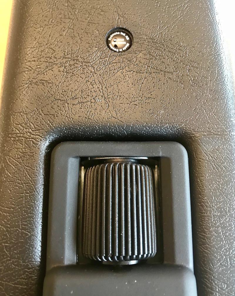 Accoudoir Tissu/Vinyl pour Duster II Prestige (version large 1,6 litre) Sydmeko de 2stair Img3265