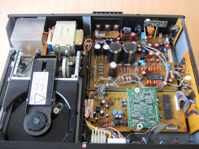 Marantz CD94 (Used) Marantz-cd94-inside