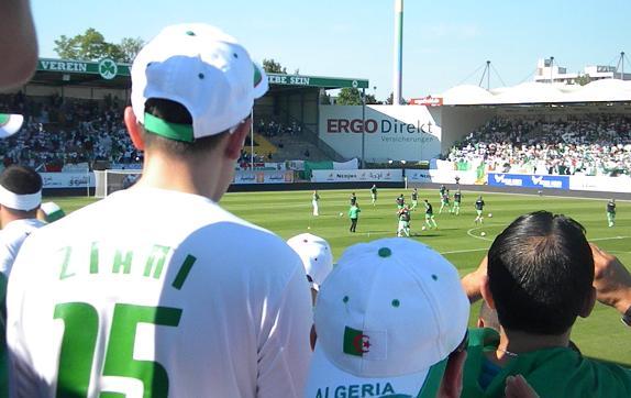 تحليل مبارت الجزائر  VS  الإمارات Photo_06062010_008