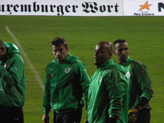 :: الجزائر   0-0   لوكسمبورغ .. . . مبارات ودية  تحضيرية ::  Photo_16112010_08