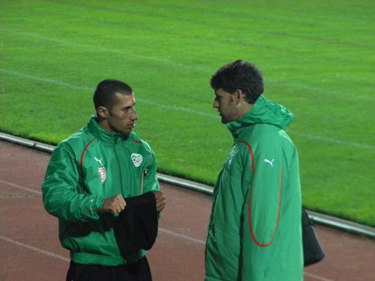 :: الجزائر   0-0   لوكسمبورغ .. . . مبارات ودية  تحضيرية ::  Photo_16112010_09
