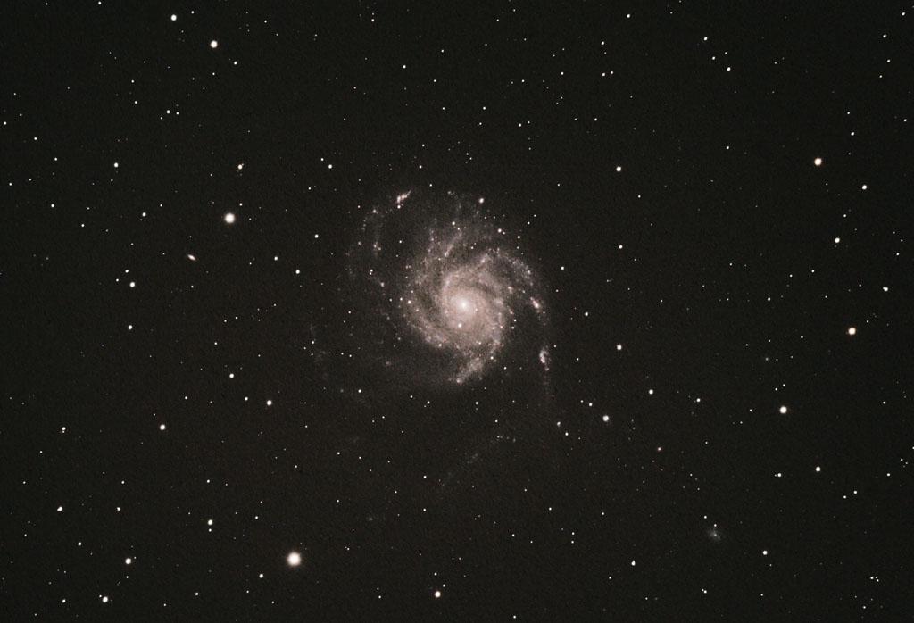 M101 à Biesmerée  le 21/03/2009 M101_210309_zoom