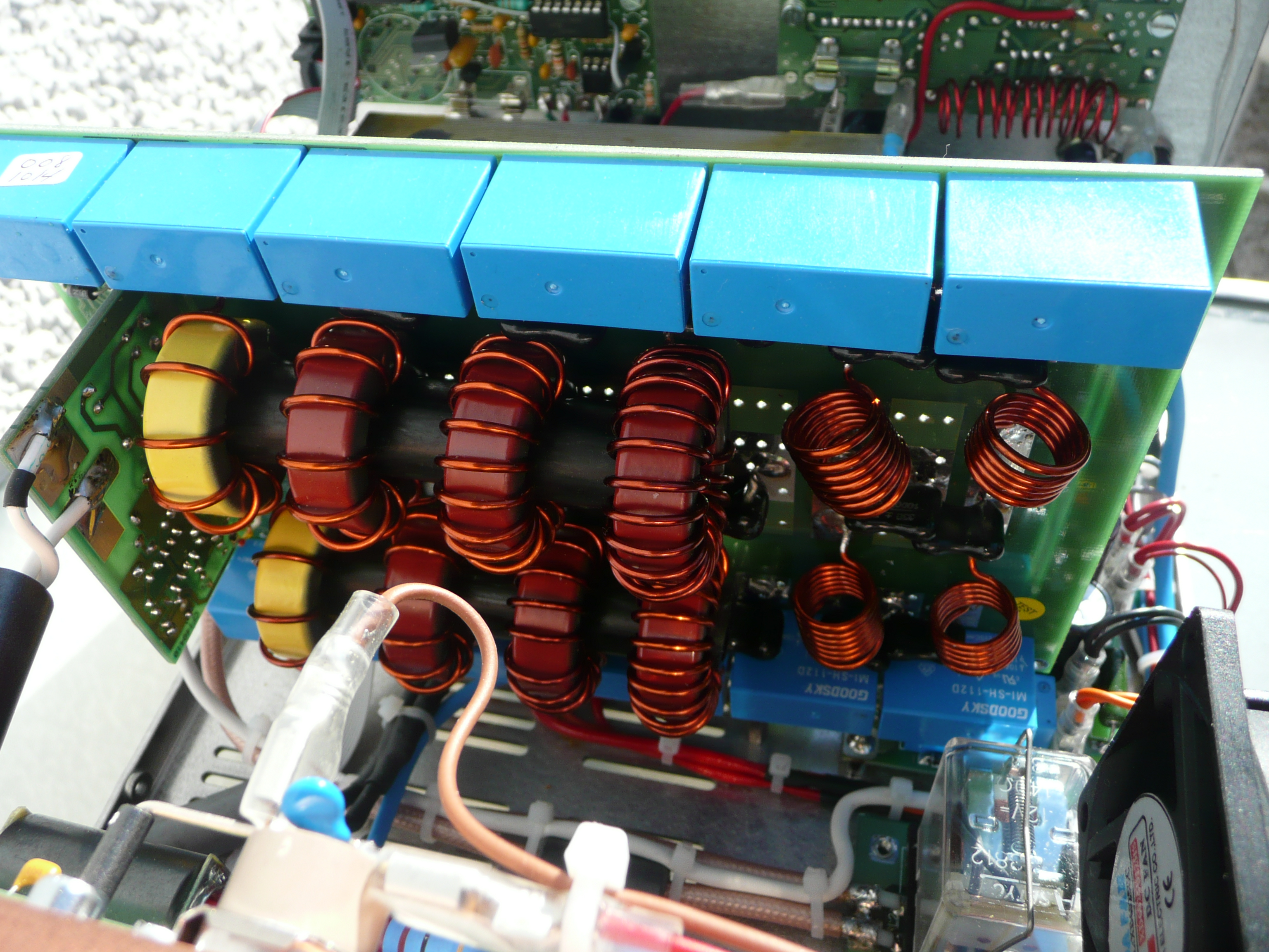 Amplificateur HF à transistors de EA4BQN P1010955